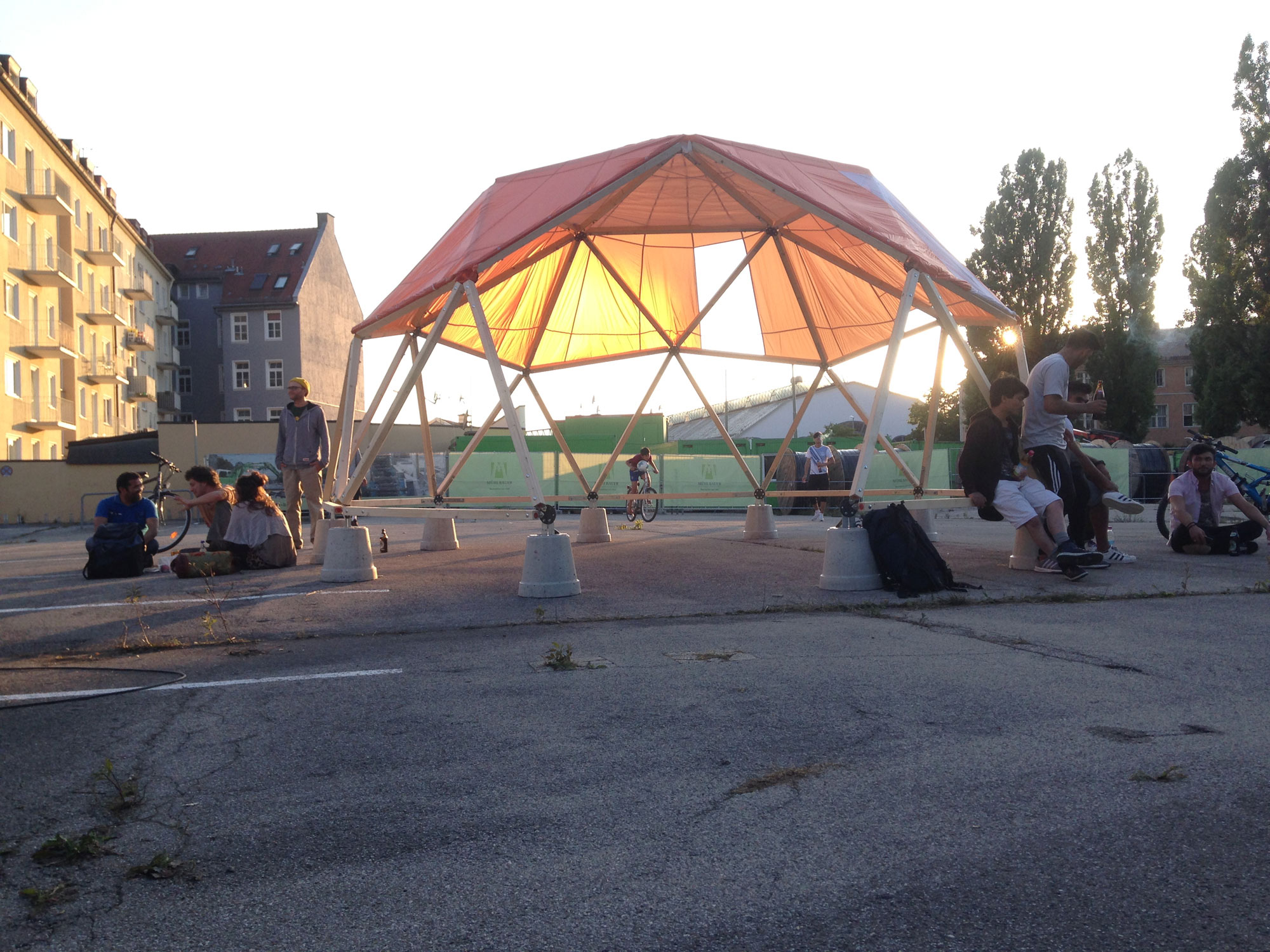 Habibi-Dome,-Pop-Up-Structure-in-Munich,-together-with-werkraum-Munich design for migration