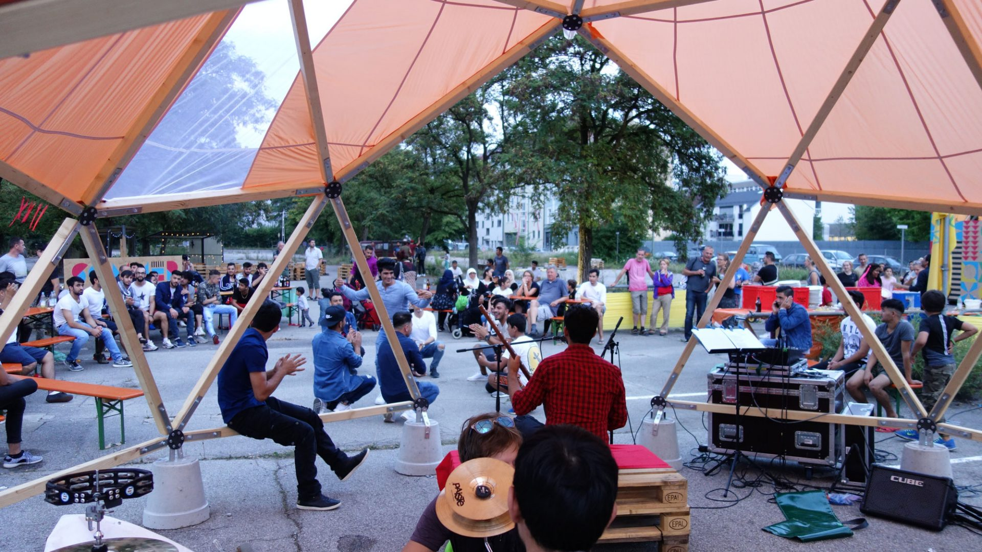 Habibi-Dome,-Pop-Up-Structure-in-Munich,-together-with-werkraum-Munich_-concert- design for migration